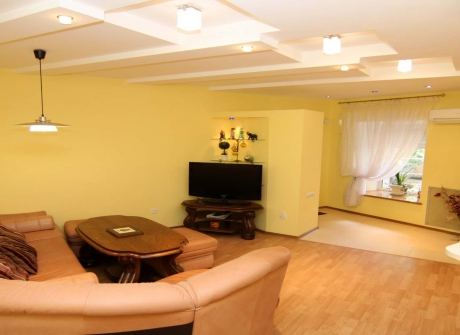 odessa ukraine apartments booking